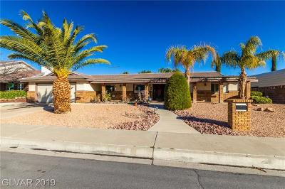 Boulder City Single Family Home For Sale: 894 Fairway Drive
