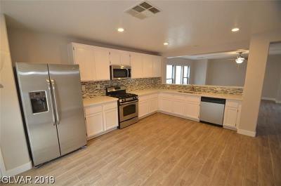 North Las Vegas Single Family Home For Sale: 3233 Brayton Mist Drive