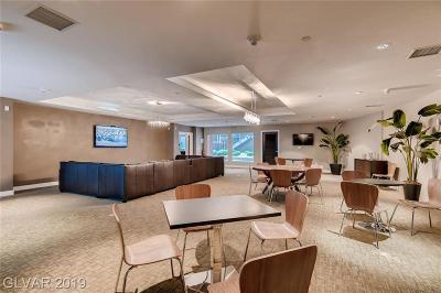 Las Vegas Condo/Townhouse For Sale: 8925 Flamingo Road #103