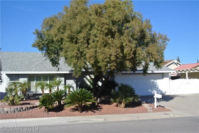 Boulder City Single Family Home Under Contract - No Show: 1525 Marita Drive