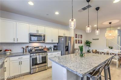 Single Family Home For Sale: 3024 Via Contessa