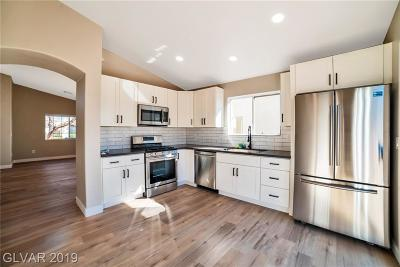 North Las Vegas Single Family Home For Sale: 921 Country Grove Avenue