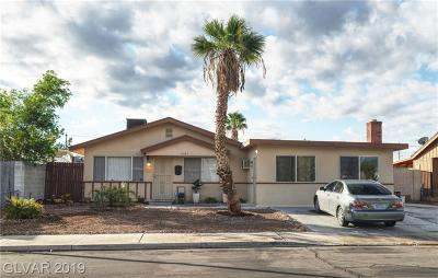 Las Vegas Single Family Home For Sale: 3561 Blue Lake Avenue