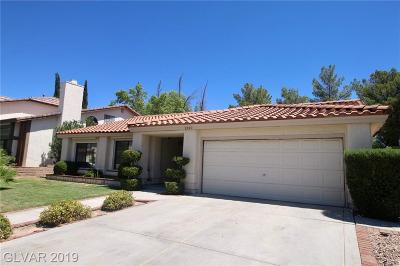 Las Vegas Single Family Home For Sale: 2920 Whispering Wind Drive