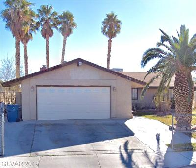 Las Vegas Single Family Home For Sale: 2409 Whirlaway Street