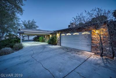 Las Vegas Single Family Home For Sale: 2911 Horseshoe Drive