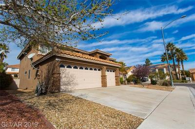 Las Vegas Single Family Home For Sale: 3657 Carol Lark Court