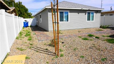 Las Vegas Single Family Home For Sale: 988 Miller Avenue