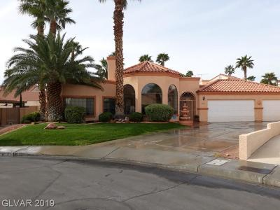 Las Vegas  Single Family Home For Sale: 8021 Harbor Oaks Circle
