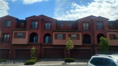 Condo/Townhouse For Sale: 1080 Via Corto