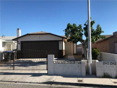 North Las Vegas Single Family Home For Sale: 704 Count Avenue
