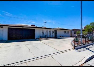 Single Family Home For Sale: 5165 Edna Avenue