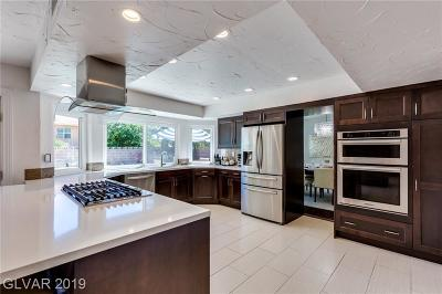 Las Vegas Single Family Home For Sale: 5028 Wright View Drive