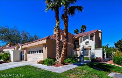 Las Vegas Single Family Home For Sale: 5237 Crooked Sky Circle