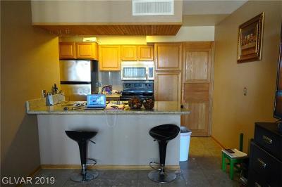 Condo/Townhouse For Sale: 2221 West Bonanza Road #58