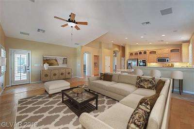 Las Vegas Single Family Home For Sale: 8127 Sweet Dreams Court