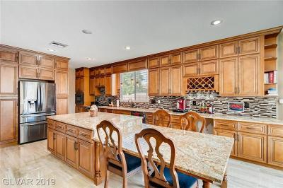 Clark County Single Family Home For Sale: 5909 Wildhorse Ledge Avenue