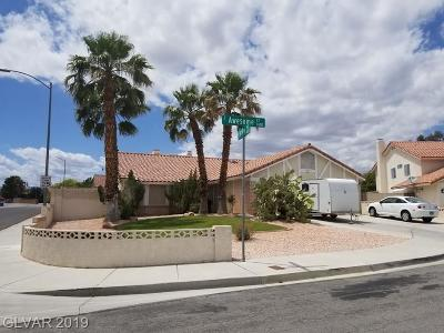 Las Vegas Single Family Home For Sale: 1425 Awesome Court