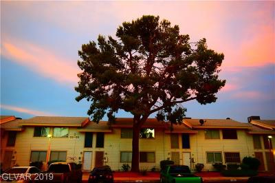 LAS VEGAS Condo/Townhouse For Sale: 4770 Topaz Street #55