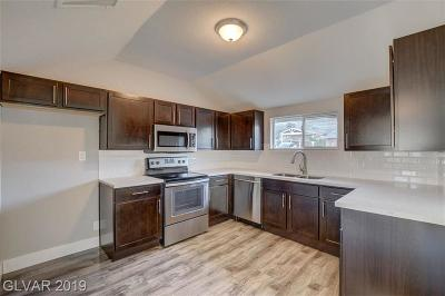 Boulder City Single Family Home For Sale: 15 Valley View Lane