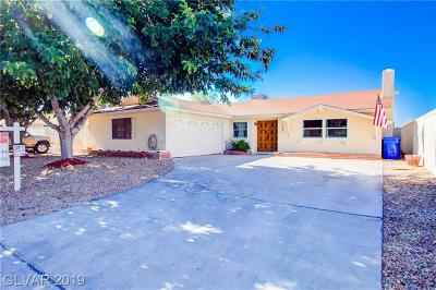 Boulder City Single Family Home For Sale: 797 Fairway Drive