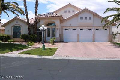 Las Vegas Single Family Home For Sale: 5425 Castle Vista Court