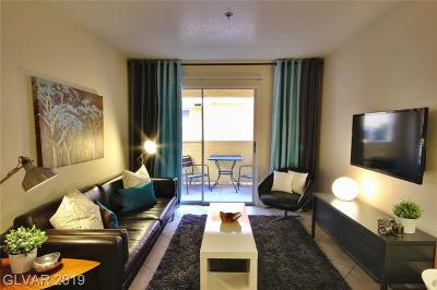 Las Vegas Condo/Townhouse For Sale: 4200 Valley View Boulevard #1049