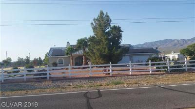 Single Family Home For Sale: 300 East Harris Farm
