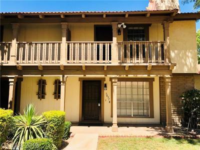Condo/Townhouse For Sale: 3077 Pinehurst Drive #B