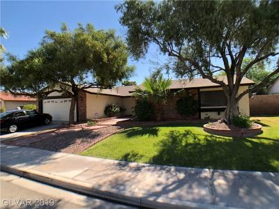Single Family Home For Sale: 5126 Somerset Drive