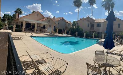 Condo/Townhouse For Sale: 5201 Torrey Pines Drive #1226