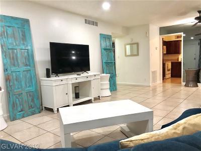 Las Vegas Condo/Townhouse For Sale: 356 Desert Inn Road #124