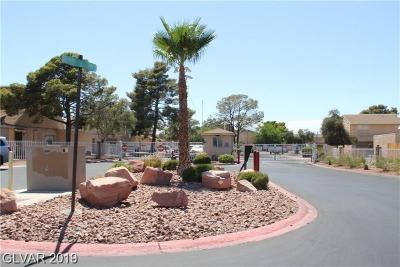 Las Vegas Multi Family Home For Sale: 5155 Golden Lane