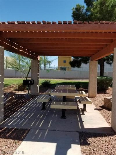 Henderson, Las Vegas Condo/Townhouse For Sale: 2725 Nellis Boulevard #2108