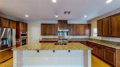 Single Family Home For Sale: 2976 Queen Lake Court