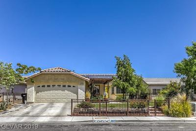North Las Vegas Single Family Home Under Contract - Show: 822 Padre Field Court
