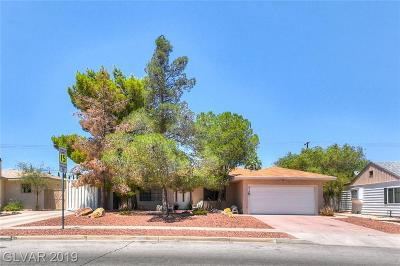 Boulder City Single Family Home Under Contract - Show: 816 5th Street