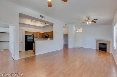 Las Vegas Condo/Townhouse For Sale: 8985 Durango Drive #2007