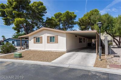 Las Vegas Single Family Home For Sale: 1697 Royal Estates Drive