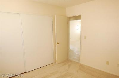 Centennial Hills Condo/Townhouse For Sale: 3708 Scuba Circle #D