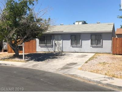 North Las Vegas Single Family Home For Sale: 3704 Reseda Circle