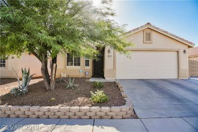 North Las Vegas Single Family Home For Sale: 5229 Painted Pebble Street