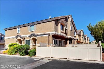 North Las Vegas Condo/Townhouse For Sale: 3404 Robust Robin Place #2