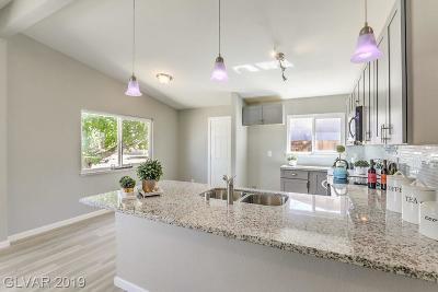 Henderson Single Family Home For Sale: 103 Maple Street