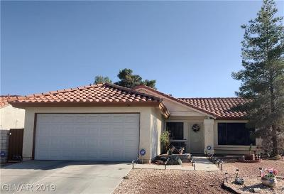 Las Vegas Single Family Home For Sale: 561 Macbrey Drive