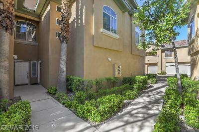 Clark County Condo/Townhouse For Sale: 1617 Cardinal Bluff Drive #201