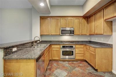 Henderson, Las Vegas Condo/Townhouse For Sale: 38 Serene Avenue #310