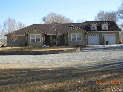 Single Family Home Sold: 500 Hwy 208