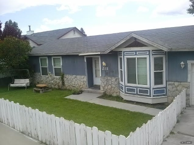 Winnemucca Single Family Home For Sale: 281 N Highland Dr