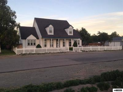 Yerington Single Family Home Active/Pending-House: 210 N Mtn. View